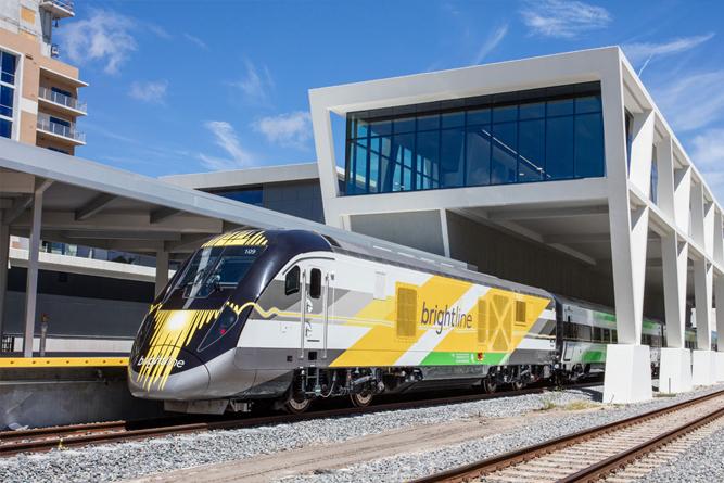 Trens da Brightline já circulam e, em breve, vão conectar Miami a Orlando