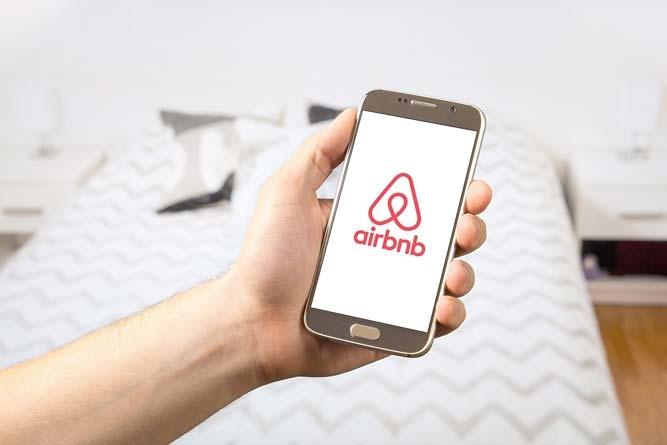 Em 2017, 2.7 milhões de pessoas usaram Airbnb na Flórida