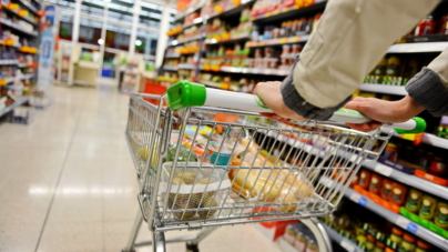 Governo da Flórida autoriza venda de produtos sem impostos para a população