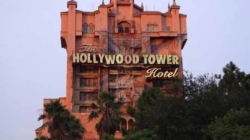 Twilight Zone Tower of Terror desafia seu medo. Experimente!