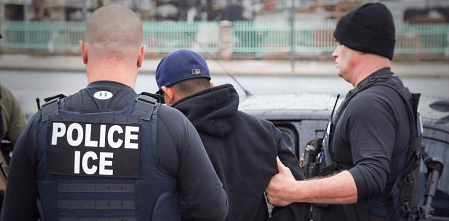 Decisão política impedirá que polícia questione status imigratório Orlando