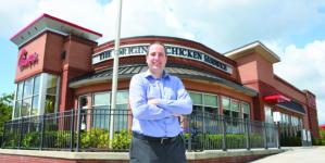 Brasileiro é dono da franquia Chick-fil-A em Kissimmee