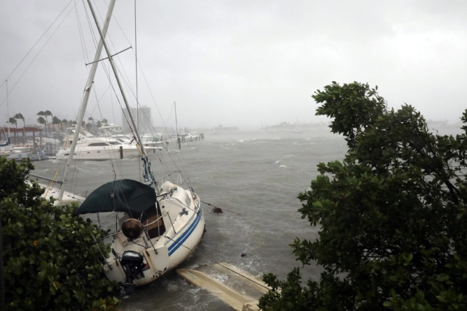 Governo da Flórida prepara-se para furacão que deve atingir o estado ainda esta semana