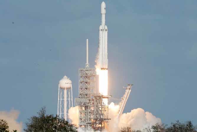 Foguete da SpaceX será lançado na Flórida