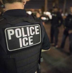 Tempos sombrios, risco iminente. Polícia vira agente do ICE na Flórida