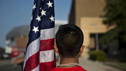 Existe uma conexão entre imigrantes indocumentados e crimes?