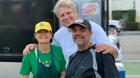 Acarajé e delícias da cozinha baiana no Food Truck Acarajé