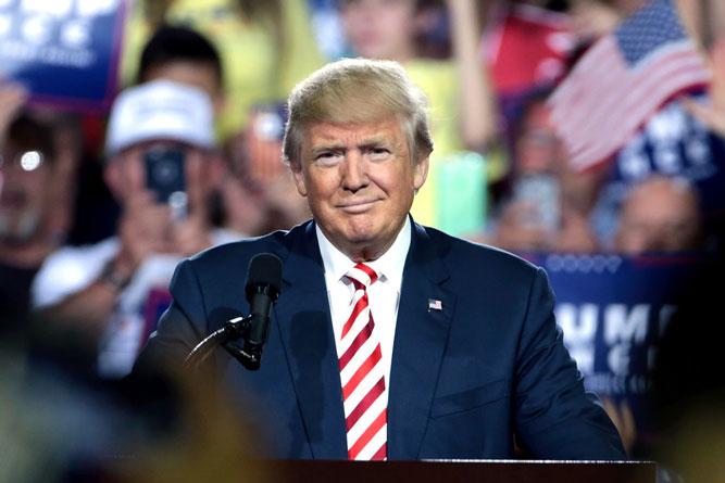 Donald Trump lança candidatura para segundo turno em Orlando