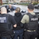 Trump coloca nova barreira para imigrante de baixa de renda