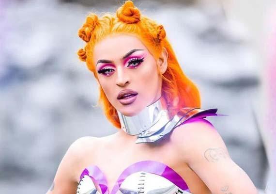 Parada do Orgulho LGBTQ+ em Orlando traz cantora Pabllo Vittar como atração principal