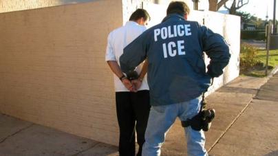 Juiz federal derruba medida contra imigrante de baixa renda