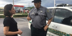 Xerife brasileiro dá dicas e orienta turistas em Orlando