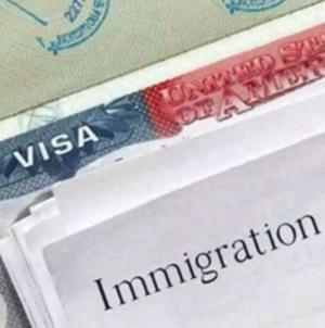 Novas regras para green card, deportação e proteção ao DACA