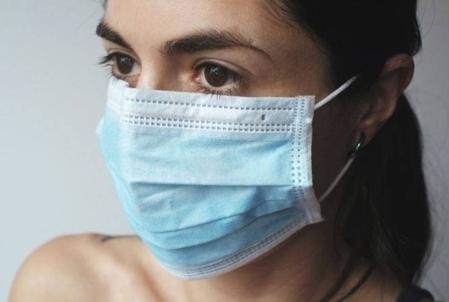 Virologista chinesa que fugiu para os EUA alega ter provas de que o coronavírus foi feito em laboratório