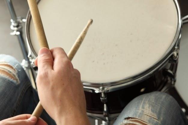 Concurso online para baterista. Seu talento vale prêmios!