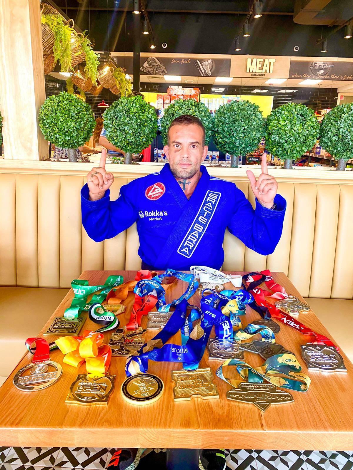 """Trajetória e disciplina de Daniel Calil, campeão do """"Pan-Americano de Jiu-Jitsu 2020"""""""