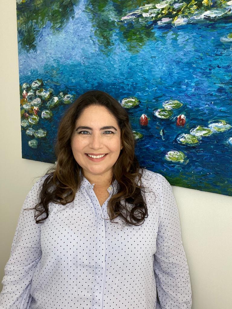 Superar negativismo e obter sucesso profissional, revela Dra. Susan Cruzalegui
