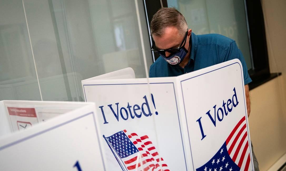 Mais de 10 milhões de americanos optaram pelo voto antecipado nas eleições presidenciais