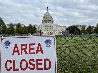 Trump impede funcionários da Casa Branca de cooperarem na transição. Equipe de Biden pondera via judicial