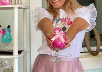 Empresária brasileira celebra 10 anos de atividades juntos às mulheres dos EUA