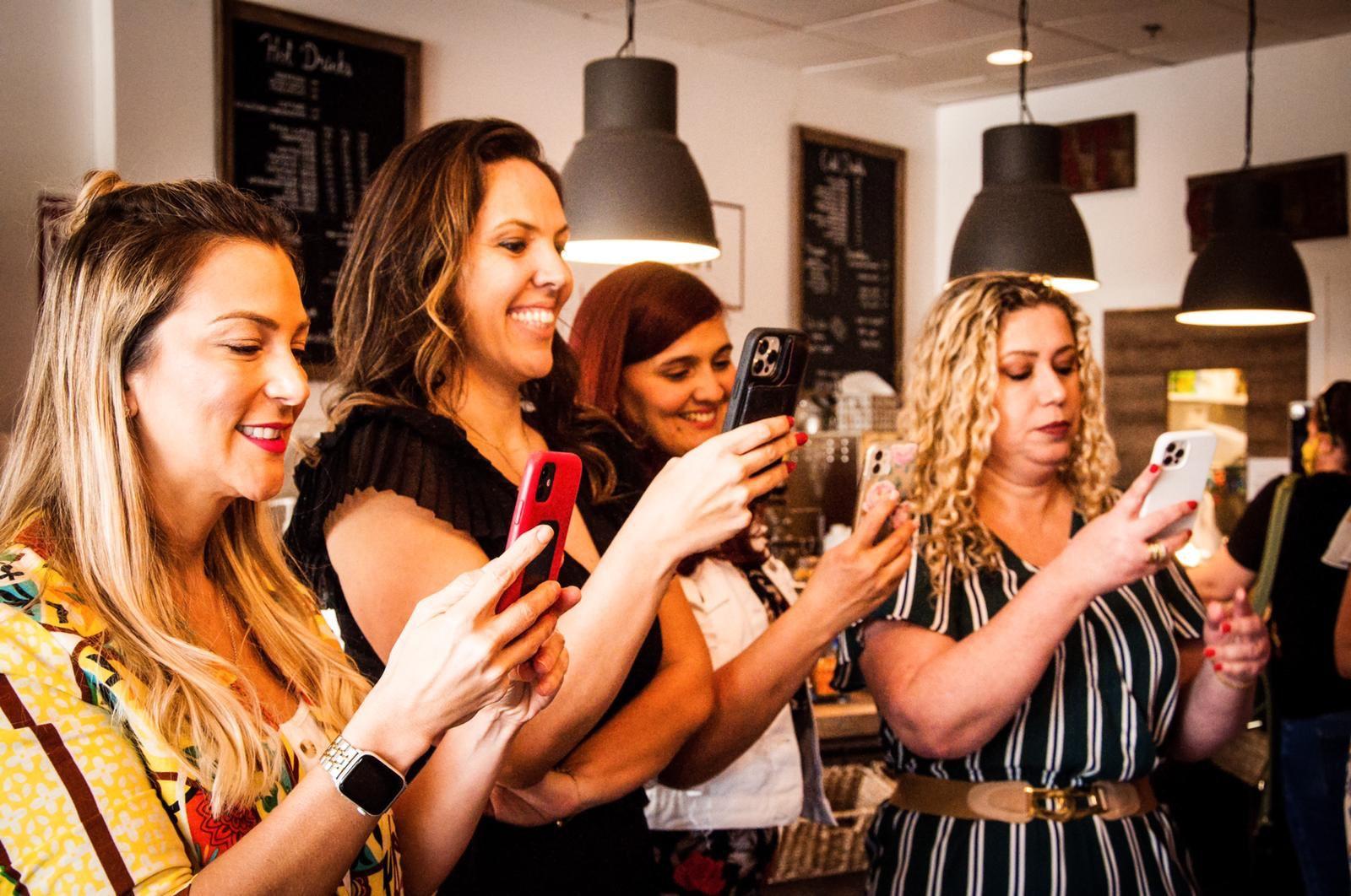 """O """"Primeiro Encontro de Meseiras"""" reúne mulheres especiais em Orlando"""