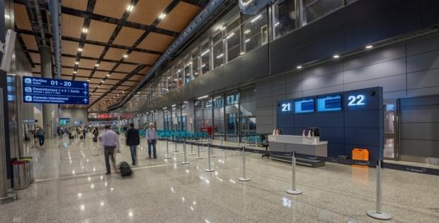 'Aeroporto Internacional de Miami' oferecerá vacina Pfizer a partir de 10 de maio