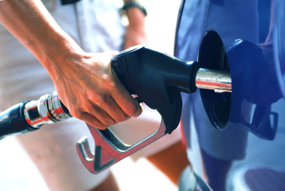A invasão do oleoduto colonial gera pânico entre os motoristas da Flórida
