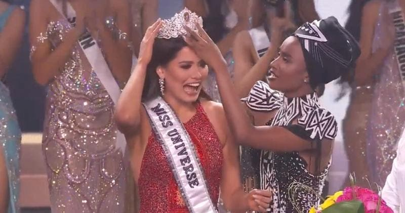 """Brasileira fica em 2º lugar no """"Miss Universo""""; se destaca com beleza e simpatia."""