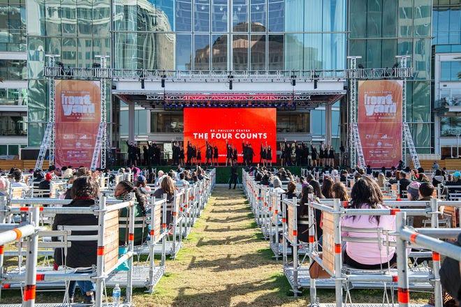 Financiamento de US $ 500 mil mantém 'Frontyard Festival' do 'Dr. Phillips Center'