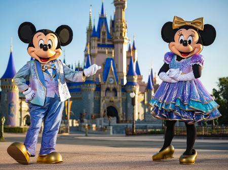 """""""Disney World"""" divulga as atrações do 50º aniversário, em Orlando"""