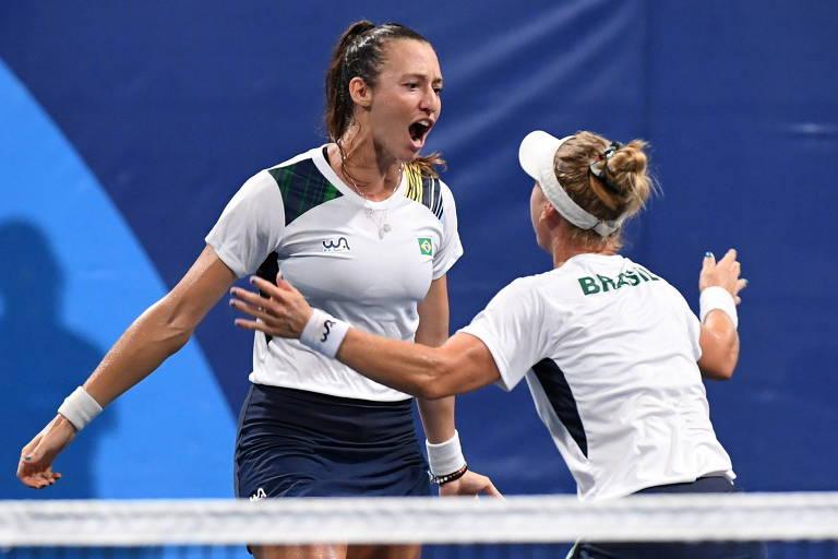 Dupla brasileira tem virada histórica em Tóquio e garante o bronze no tênis