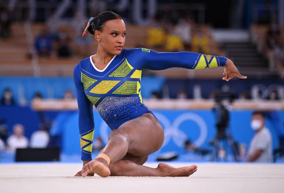 Rebeca Andrade fica com a medalha de prata na ginástica artística em Tóquio