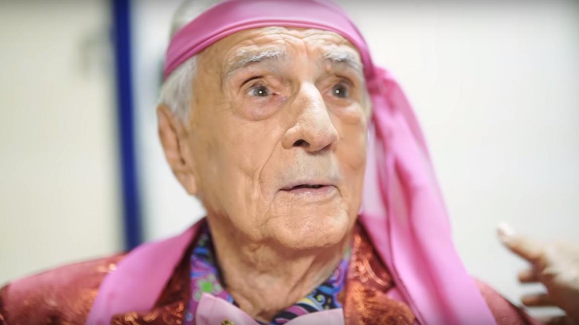 """Morre no Rio, aos 101 anos, Orlando Drummond, o Seu Peru da """"Escolinha"""""""