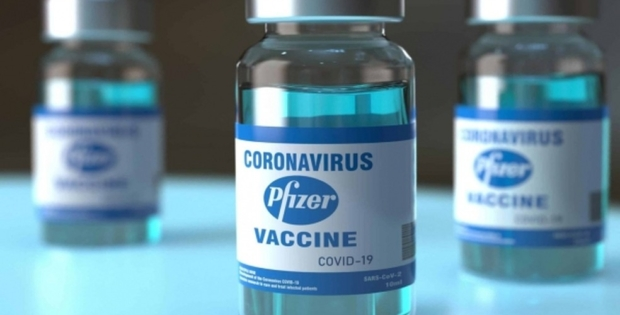 Pfizer pede aprovação da 3ª dose; quer garantir imunidade contra variante