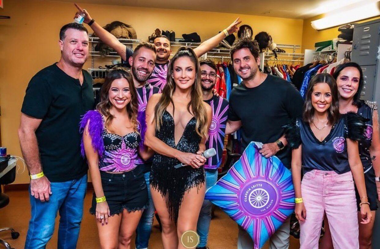 The WAGON in the house com Claudia Leitte em Orlando