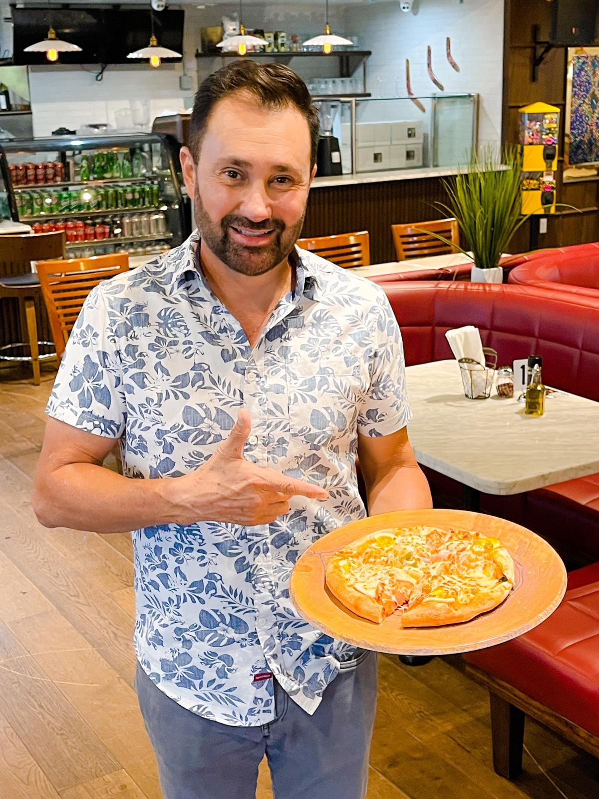 """""""Pizzaria Brasiliana"""", o melhor sabor da pizza, no coração de Orlando"""