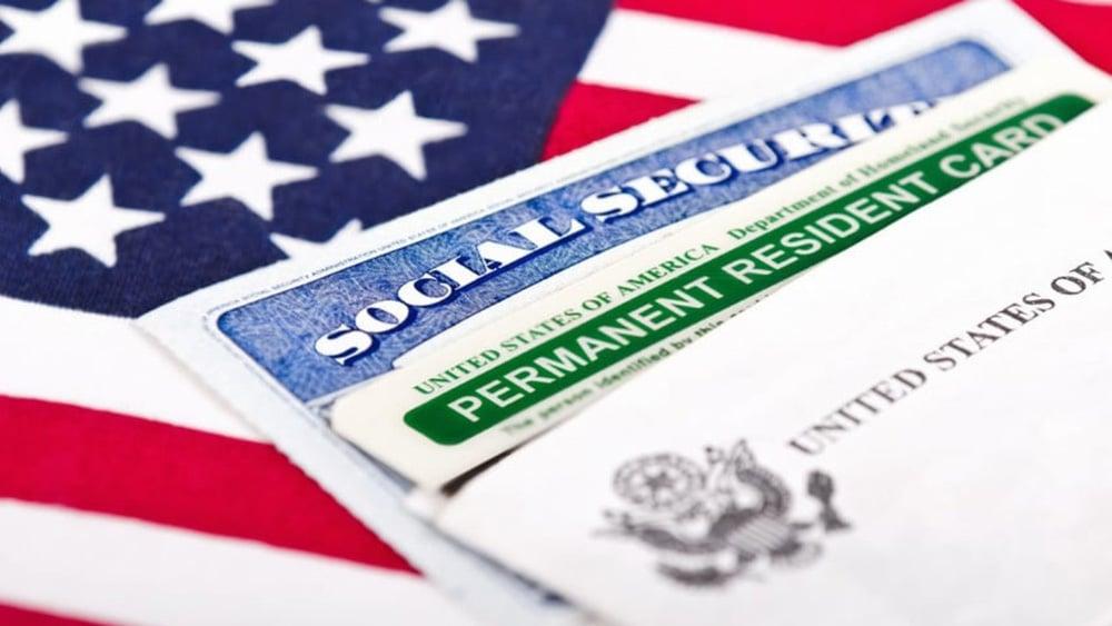 Suspenso o programa que concede green card para investidores morar nos EUA